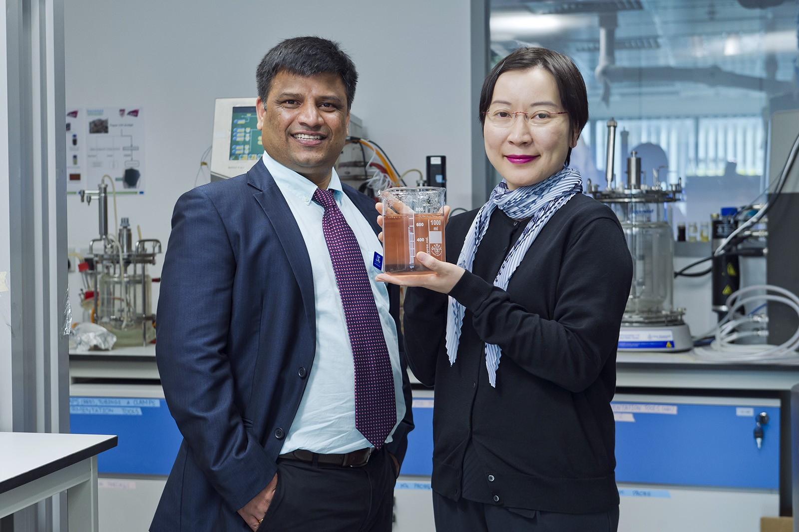 Dr Carol Lin (right) researches the use of cellulose based hydrogel to cultivate 10 distinct probiotic bacterial simultaneously in collaboration with Dr Srinivas Mettu at the University of Melbourne, Australia.