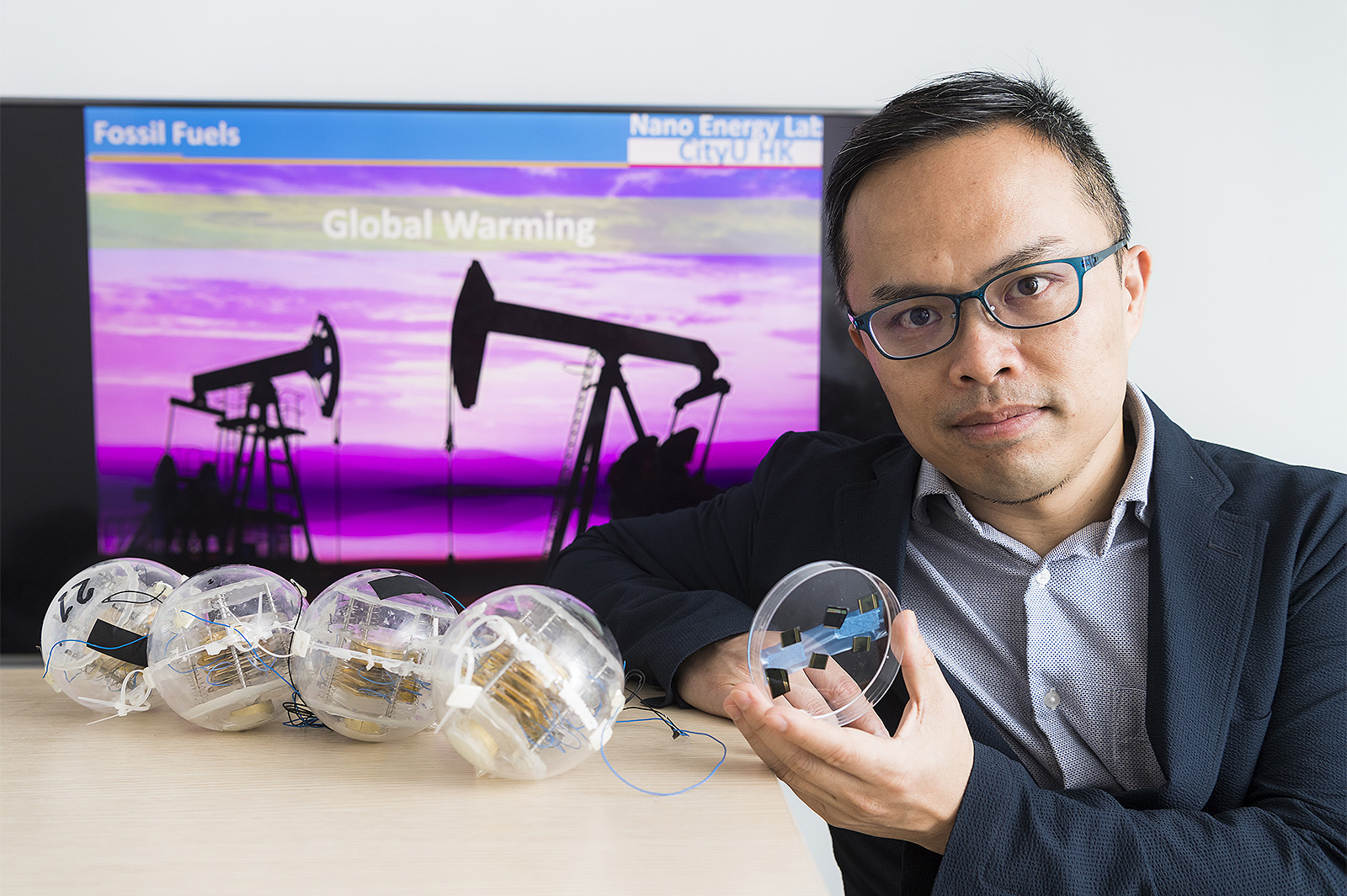 Professor He and his research teams are advancing the frontiers of renewable energy research.
