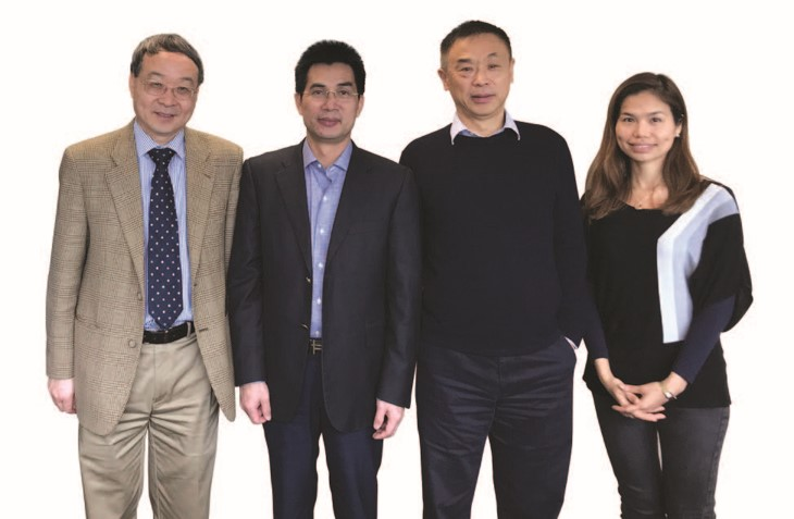 Professor Yan Houmin, Acting Dean of the College of Business (2nd from right), Professor Frank Chen Youhua (1st from left) and Ms Hera Leung of Prof Chen's project team (1st from right) gather to express appreciation for the generous donation and support from Mr Lau Tat-chuen, Director of Sino International Industrial Limited (centre).