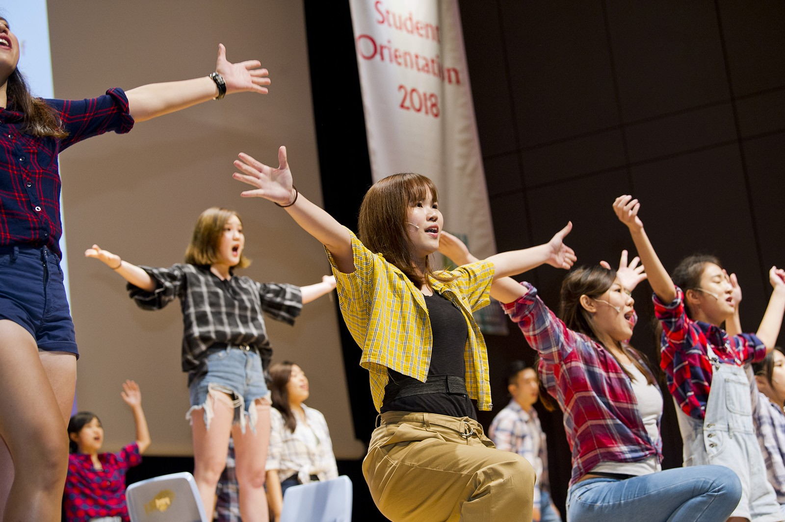 CityU singers and dancers liven up proceedings with excerpts from the musical Footloose.