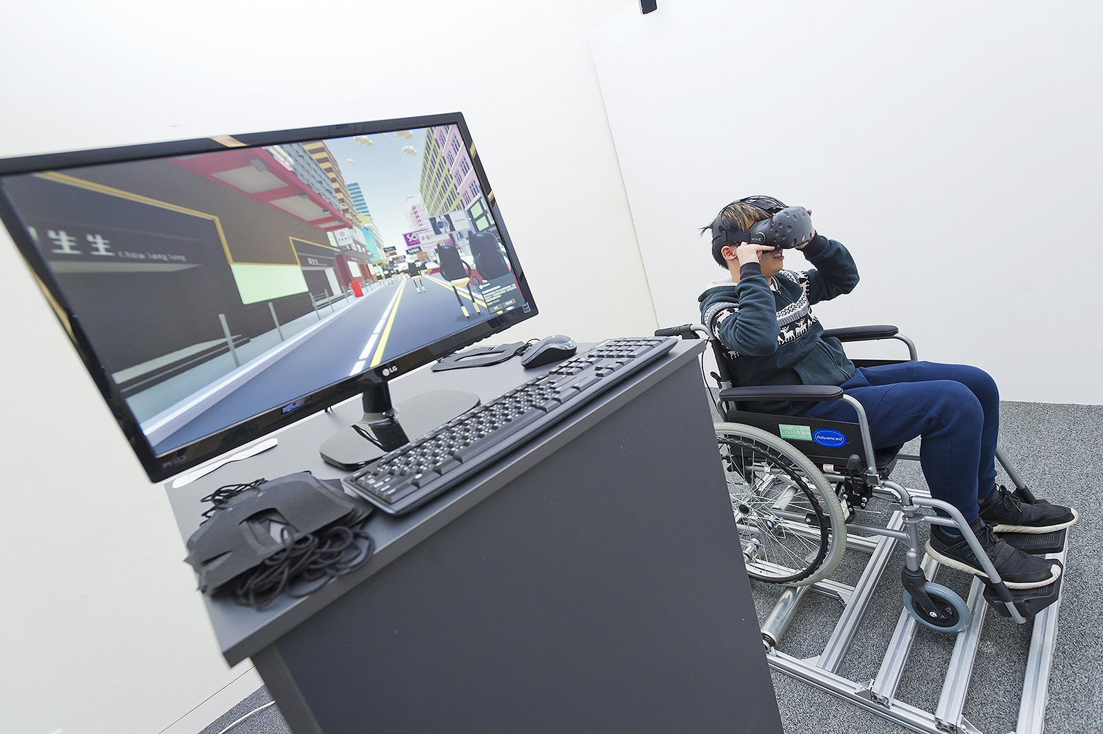 TEDY comprises a number of multimedia works designed by students, including VR devices for audience to experience what it feels like to be in a wheelchair.